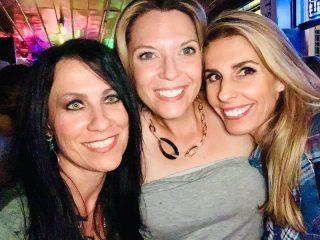 We are in Nashville with Rachelle Dené Poth!!! That's right, Episode #19's Rachelle Dené Poth! 🍋🎉 @rdene915 @bhodgesedu @lainierowell  #LemonadeLearning